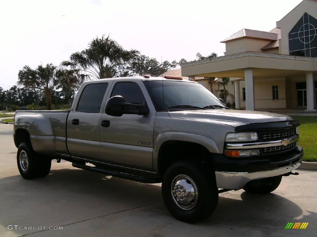 Light pewter metallic chevrolet silverado 3500