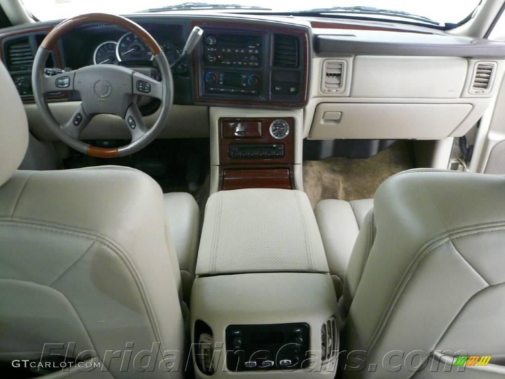 2003 white diamond cadillac escalade ext awd 1433252 photo 14 car color galleries. Black Bedroom Furniture Sets. Home Design Ideas