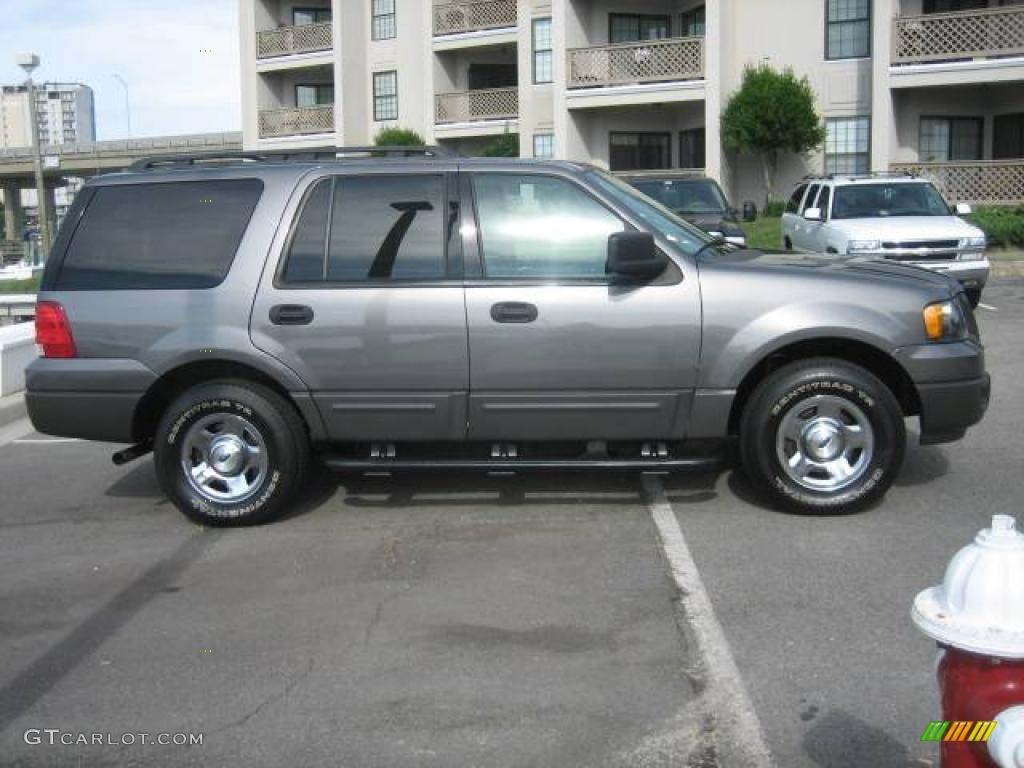 Dark shadow grey metallic ford expedition