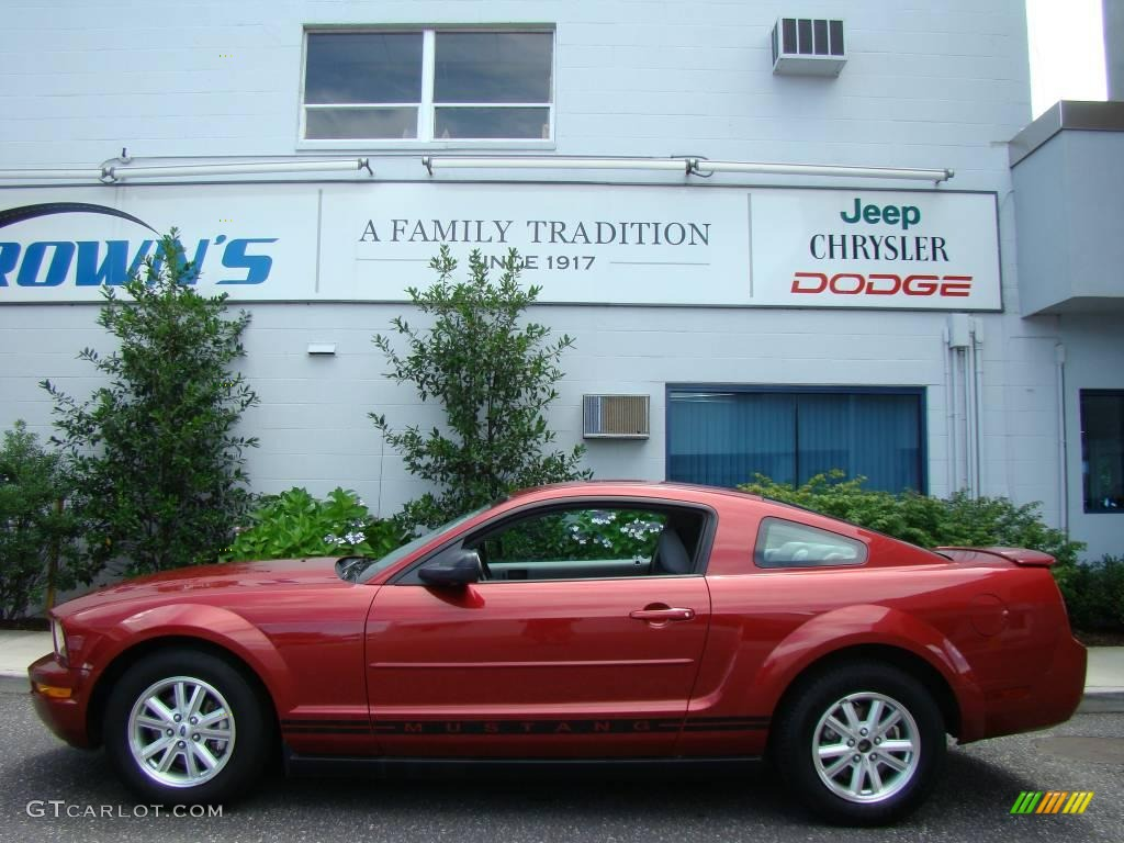 2007 Mustang V6 Deluxe Coupe - Redfire Metallic / Light Graphite photo #1