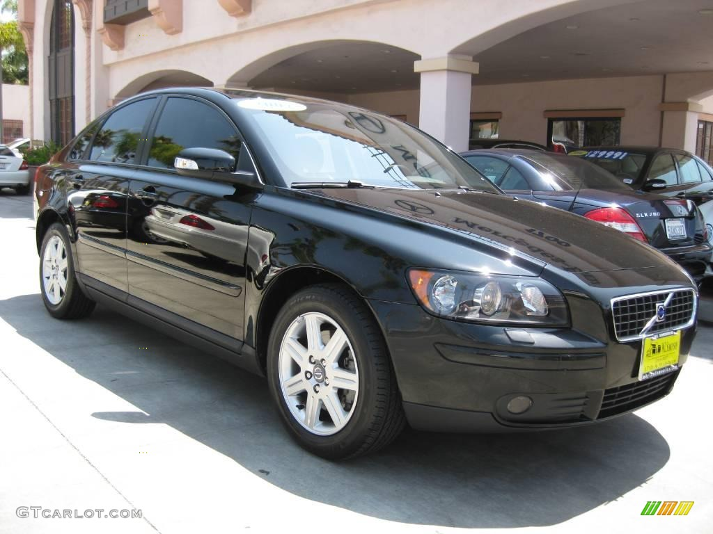 2007 black volvo s40 15002879 car. Black Bedroom Furniture Sets. Home Design Ideas