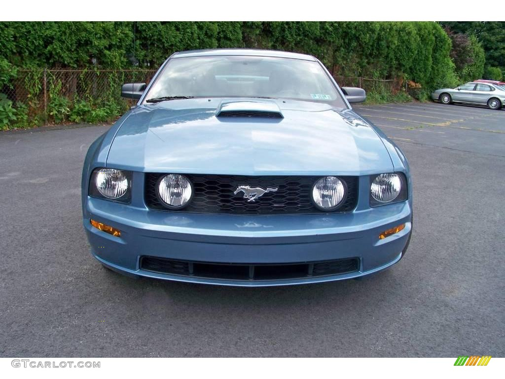 2007 Mustang GT Premium Coupe - Windveil Blue Metallic / Dark Charcoal photo #2
