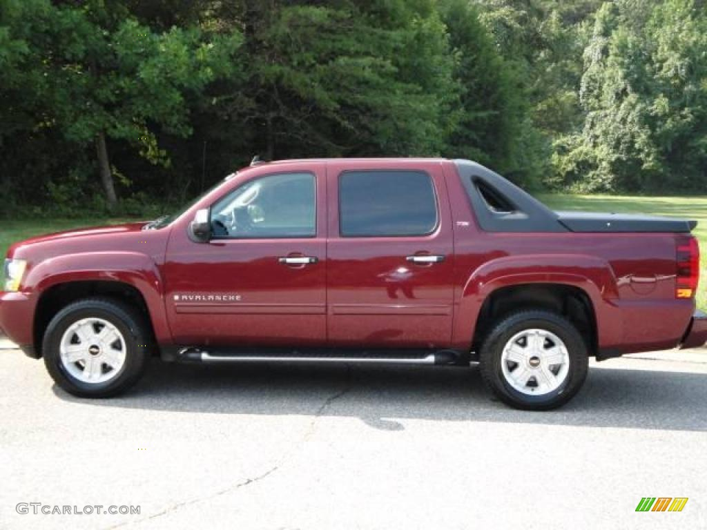2008 deep ruby red metallic chevrolet avalanche z71 4x4. Black Bedroom Furniture Sets. Home Design Ideas