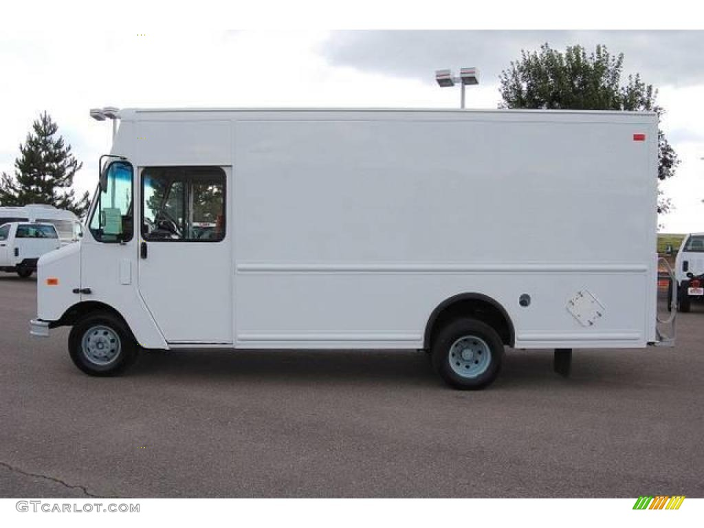2006 Oxford White Ford E Series Cutaway E450 Commercial