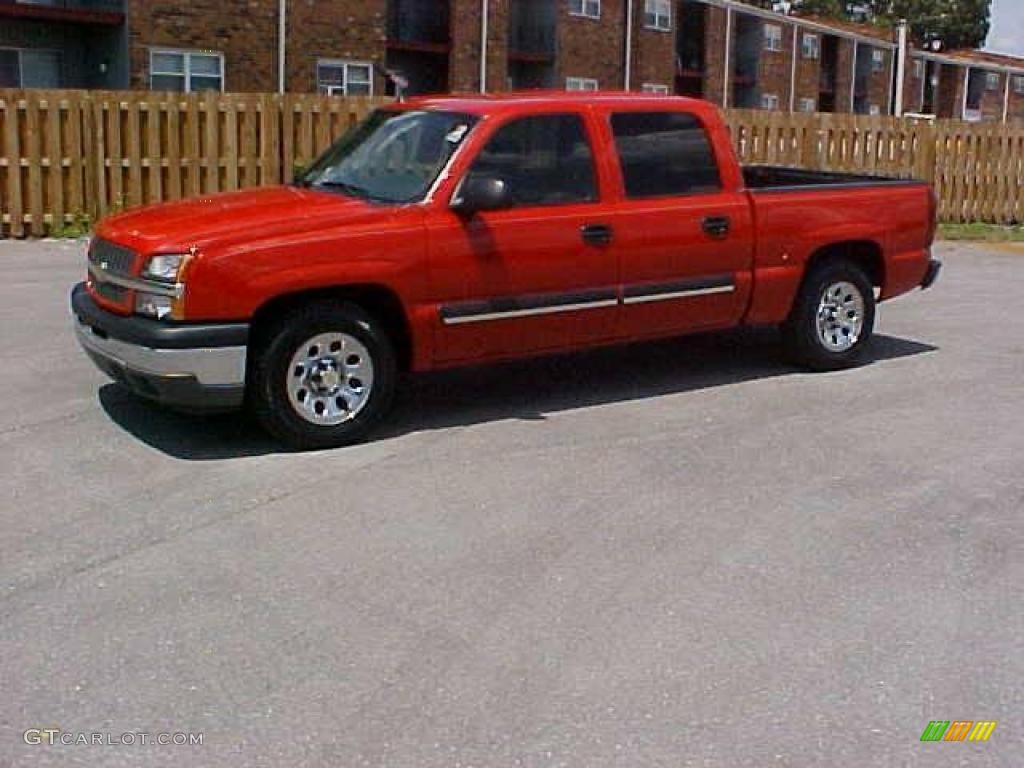 2005 Silverado 1500 LS Crew Cab - Victory Red / Dark Charcoal photo #1