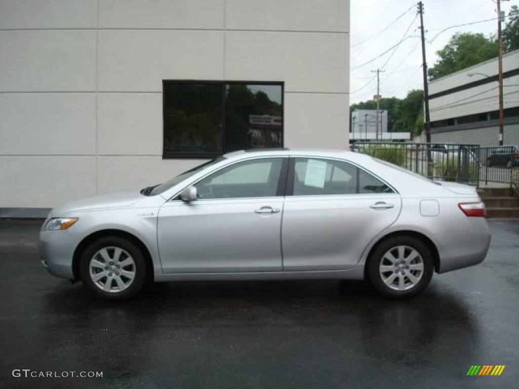 2008 classic silver metallic toyota camry hybrid 15211900. Black Bedroom Furniture Sets. Home Design Ideas