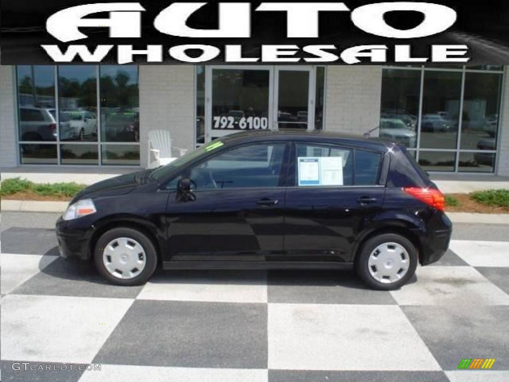 2009 super black nissan versa 18 s hatchback 15207927 gtcarlot 2009 versa 18 s hatchback super black charcoal photo 1 vanachro Images