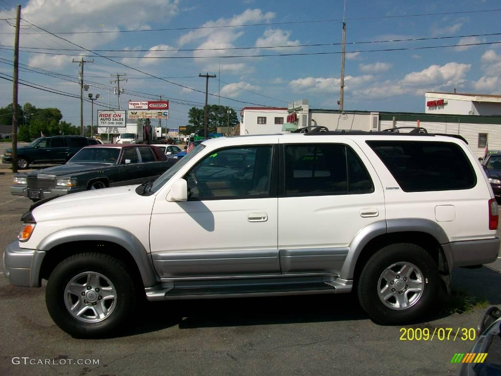 Natural White Toyota 4Runner. Toyota 4Runner Limited 4x4
