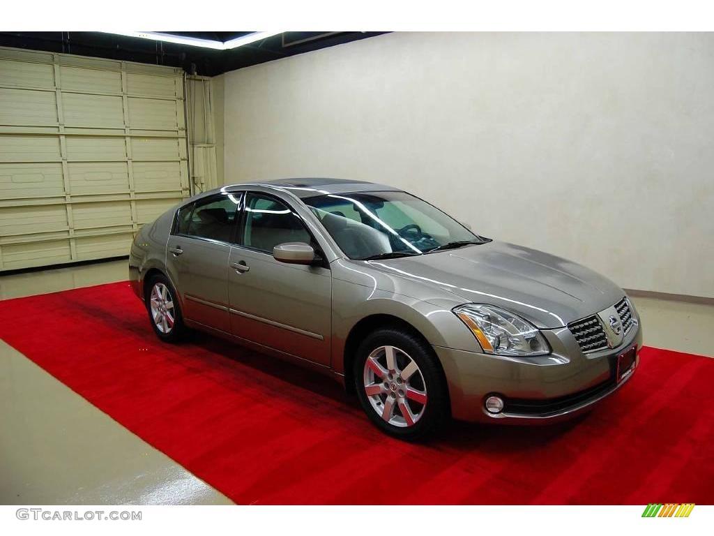 Spirited Bronze Pearl Nissan Maxima. Nissan Maxima 3.5 SL