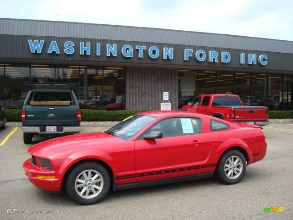 2007 Mustang V6 Deluxe Coupe - Torch Red / Light Graphite photo #1