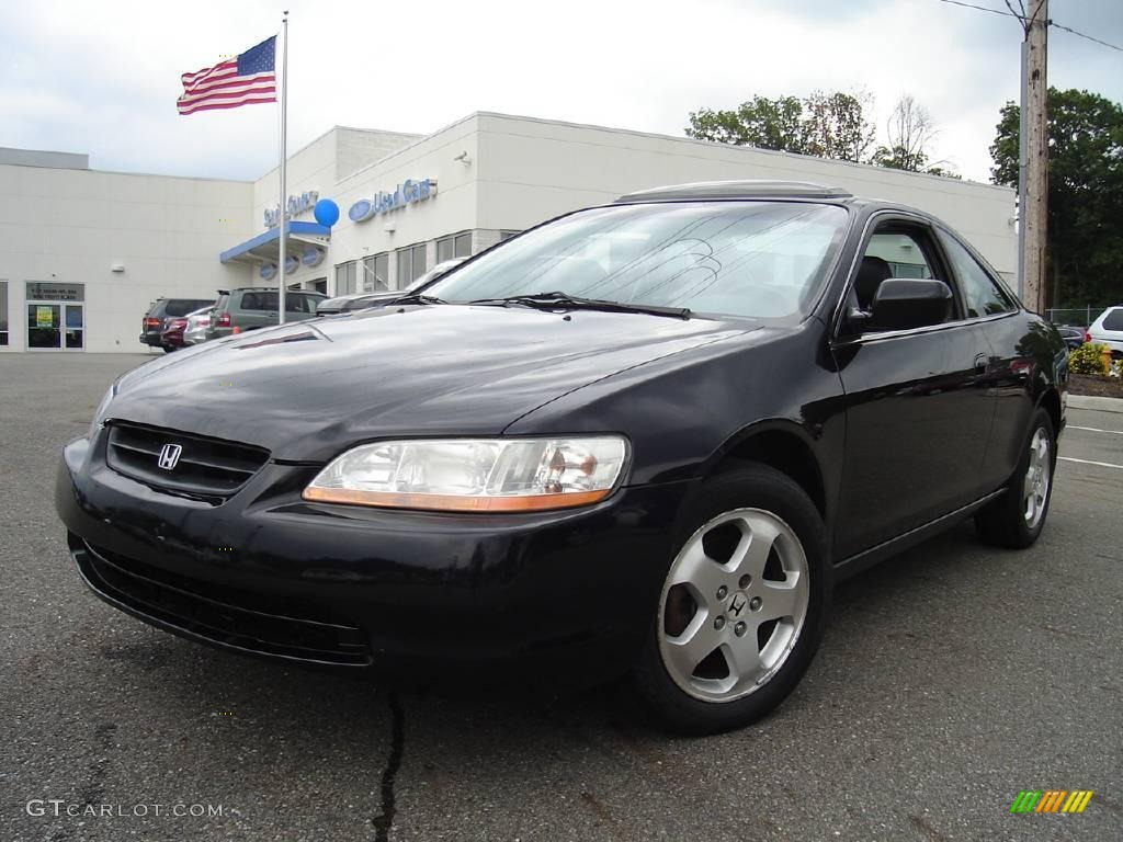 Honda Accord 2000 Black Interior