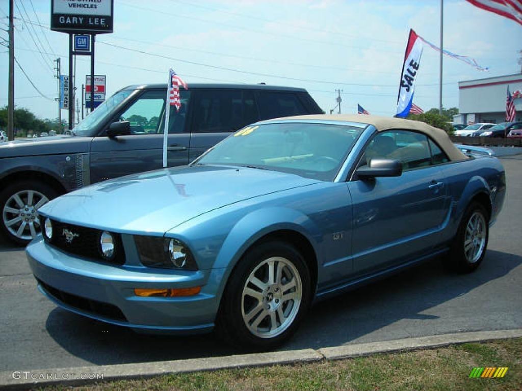 2006 Mustang GT Premium Convertible - Windveil Blue Metallic / Light Parchment photo #1