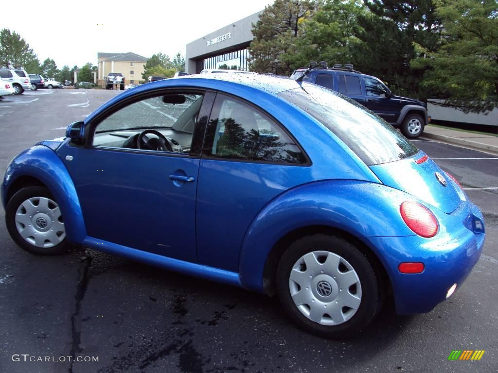 2000 techno blue metallic volkswagen new beetle gls coupe for Interieur new beetle 2000