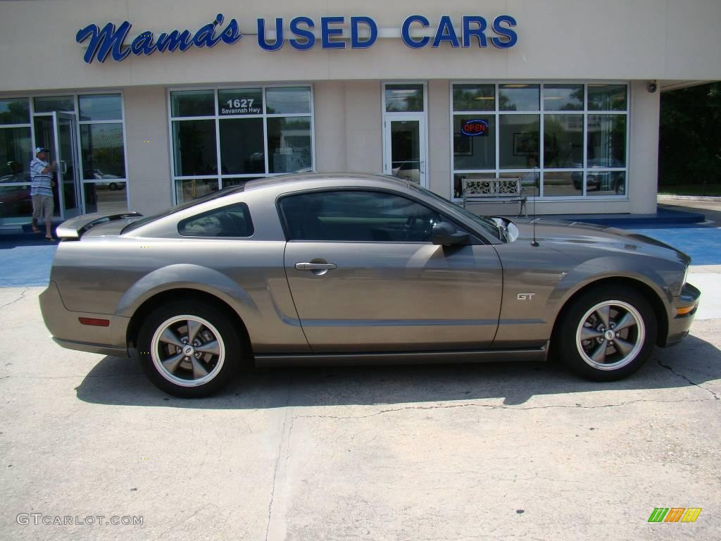 2005 mineral grey metallic ford mustang gt deluxe coupe 15469703 car color. Black Bedroom Furniture Sets. Home Design Ideas