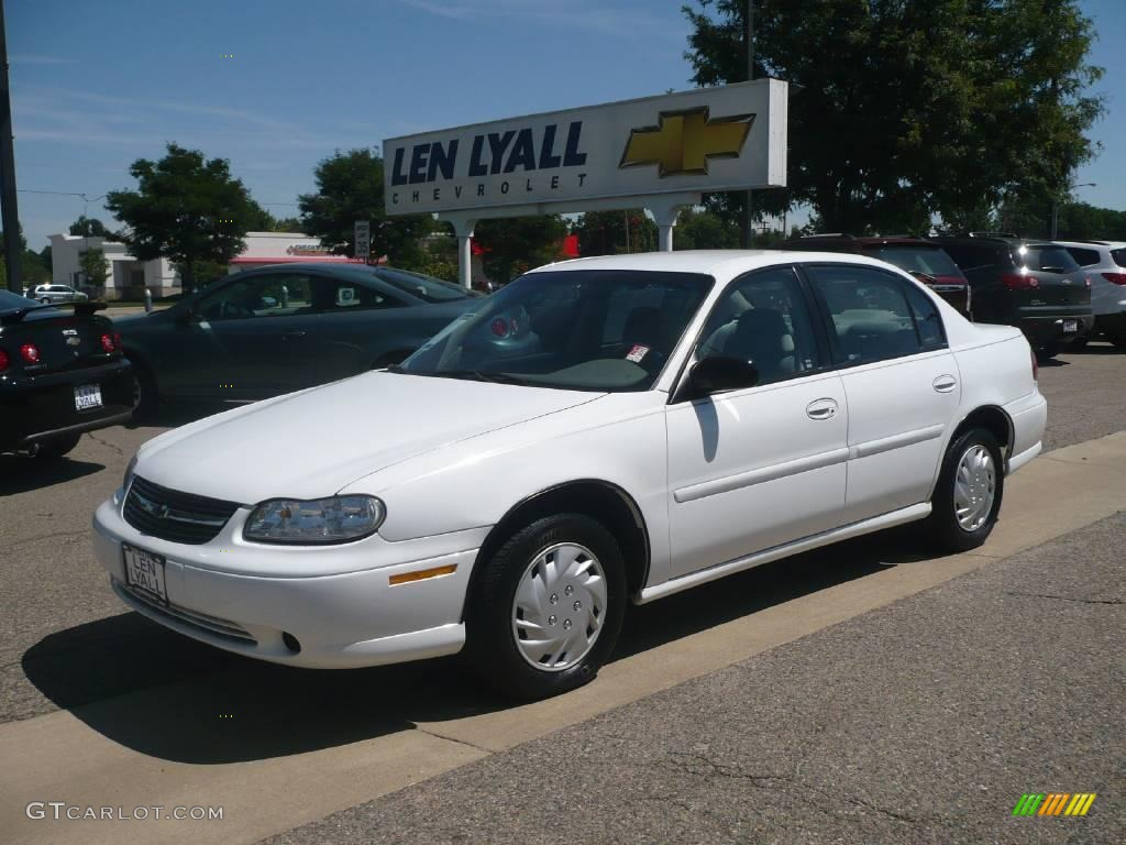 2000 Malibu Sedan Bright White Gray Photo 1