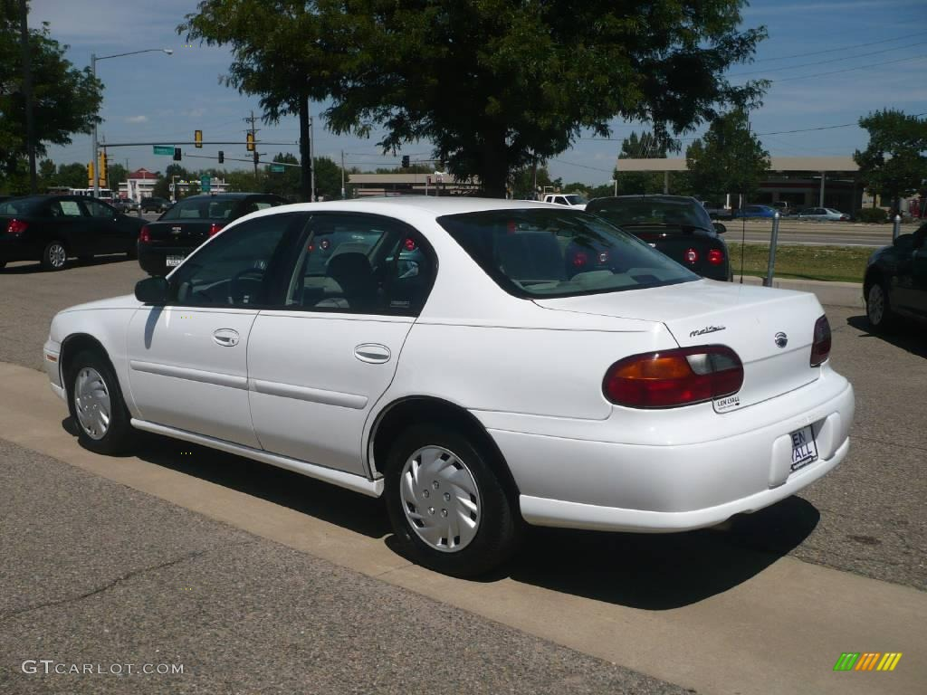 2000 Malibu Sedan Bright White Gray Photo 6