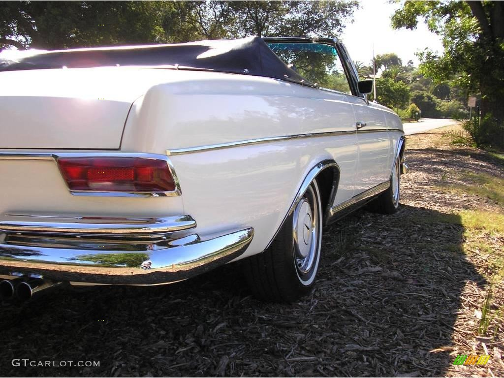 1968 white mercedes benz s class 280se cabriolet 15635682 for Mercedes benz s class colours