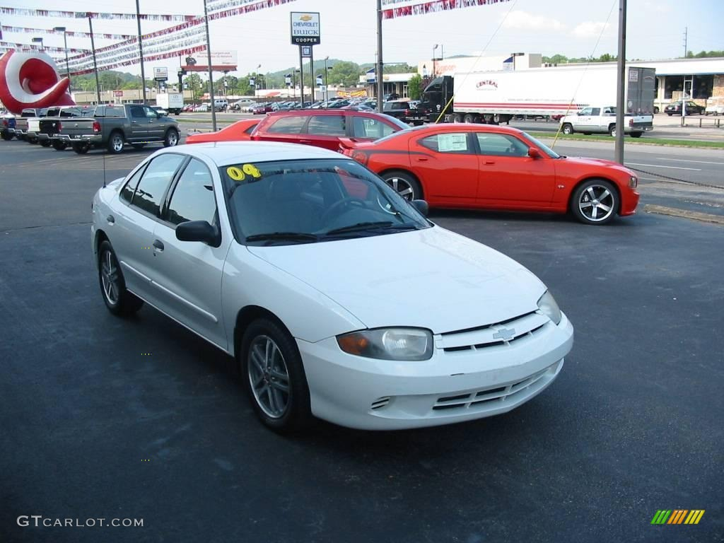 2004 chevrolet cavalier sedan summit white color graphite interior. Cars Review. Best American Auto & Cars Review