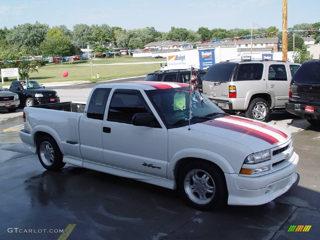 2001 Summit White Chevrolet S10 Extended Cab Xtreme 15811363
