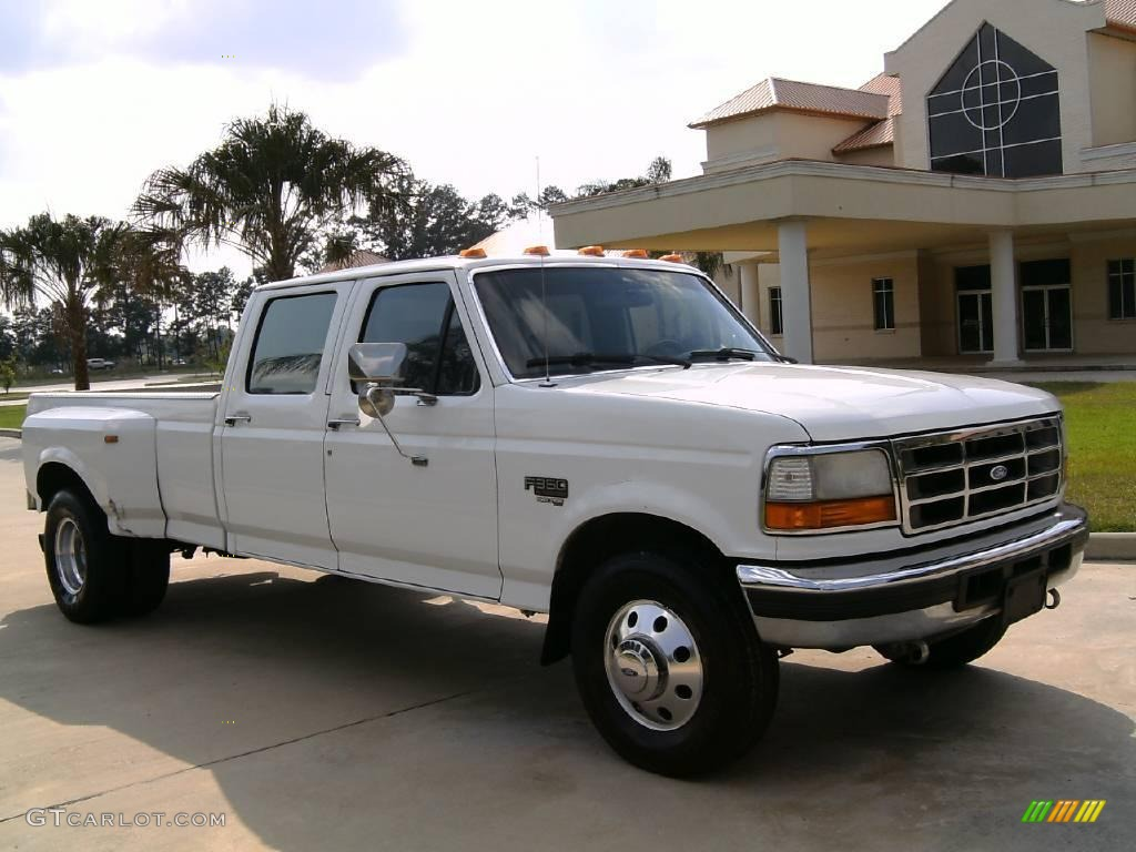 Colonial white ford f350 ford f350 xlt crew cab dually