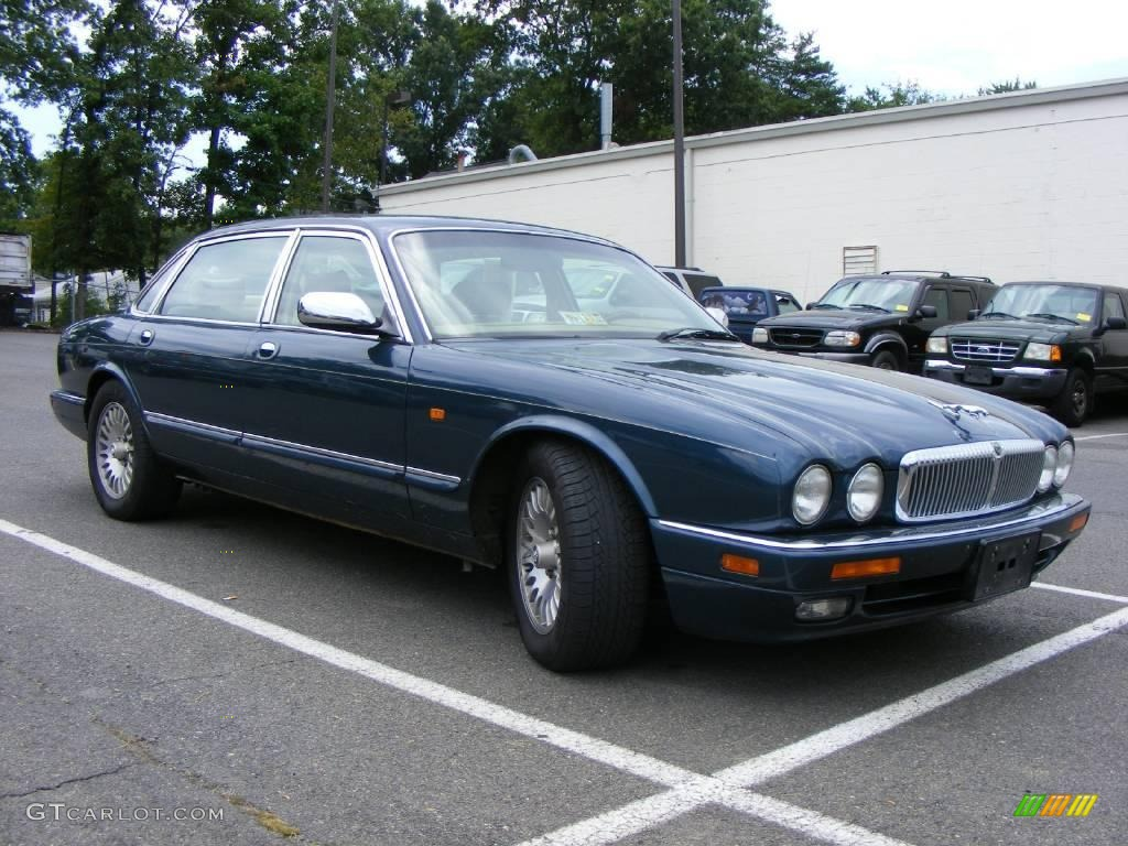 Kingfisher Blue Metallic Jaguar XJ. Jaguar XJ Vanden Plas