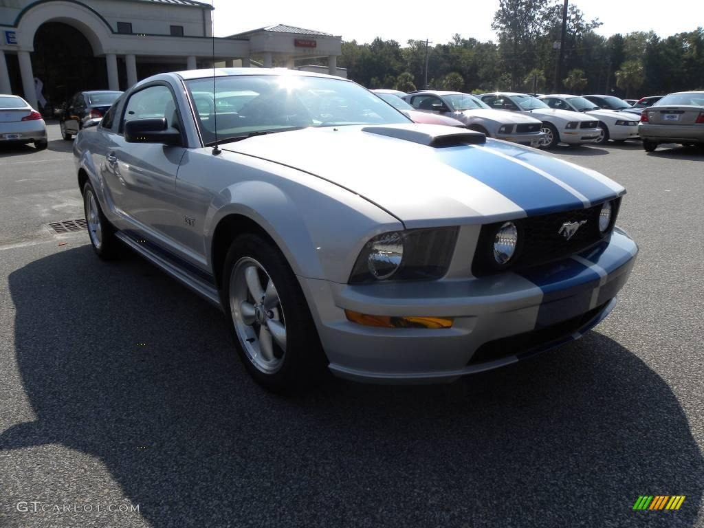 2007 Mustang GT Premium Coupe - Satin Silver Metallic / Light Graphite photo #1