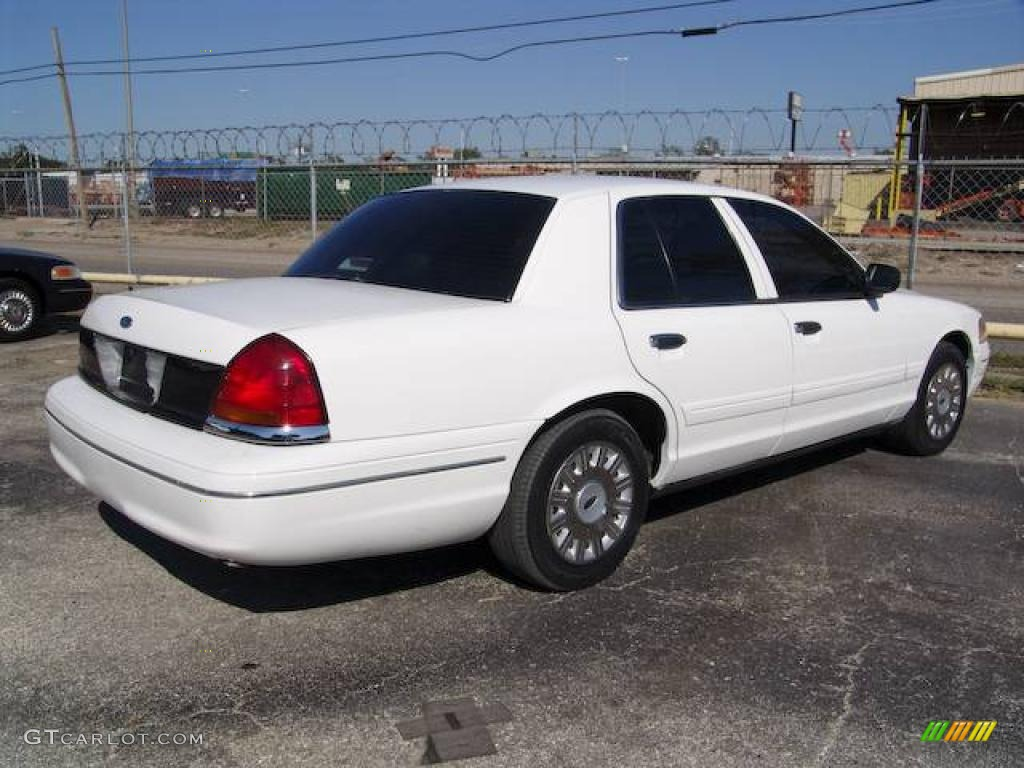 vibrant white ford crown victoria sedan  photo  gtcarlotcom car color galleries