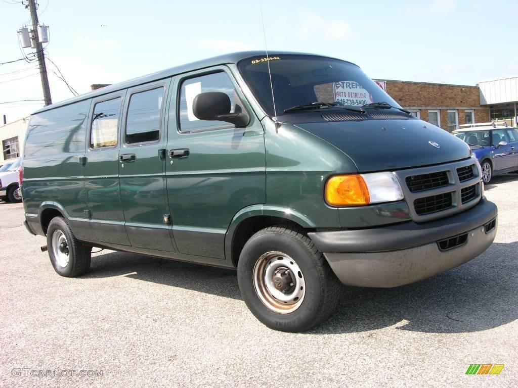 2002 Ram Van 1500 Cargo Hunter Green Metallic Dark Slate Gray Photo 1