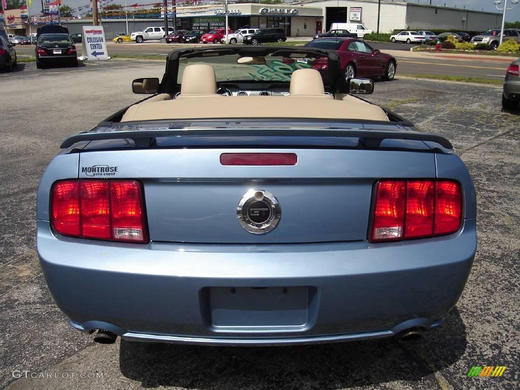 2006 Mustang GT Premium Convertible - Windveil Blue Metallic / Light Parchment photo #4
