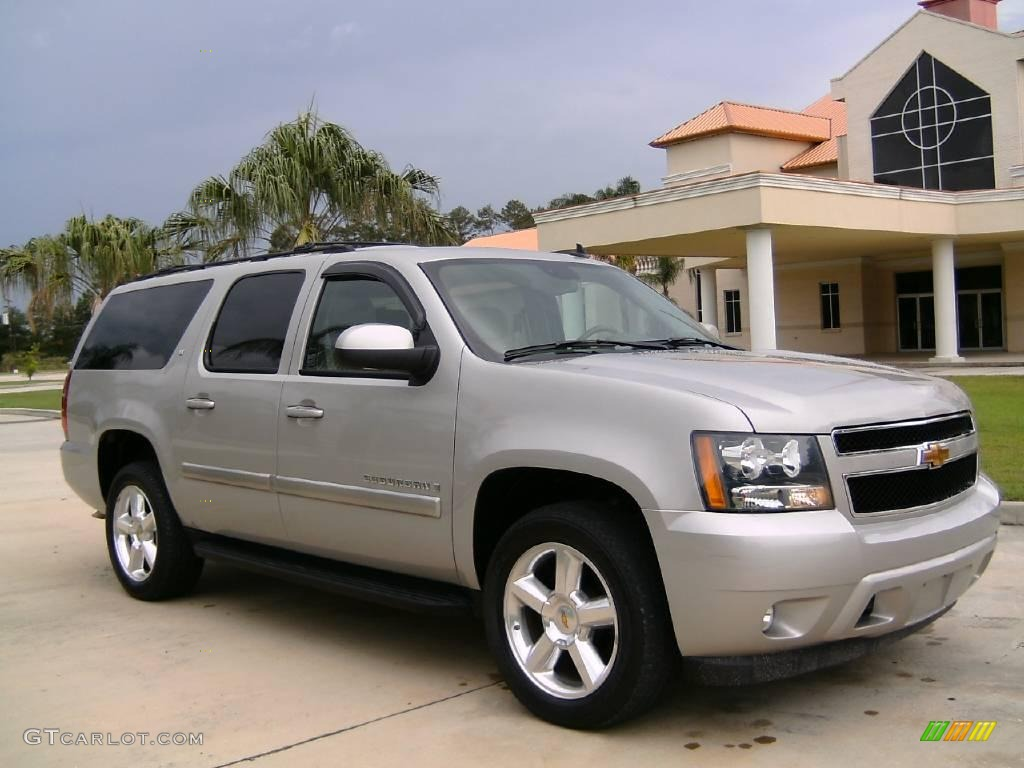 2007 silver birch metallic chevrolet suburban 1500 lt 4x4. Black Bedroom Furniture Sets. Home Design Ideas