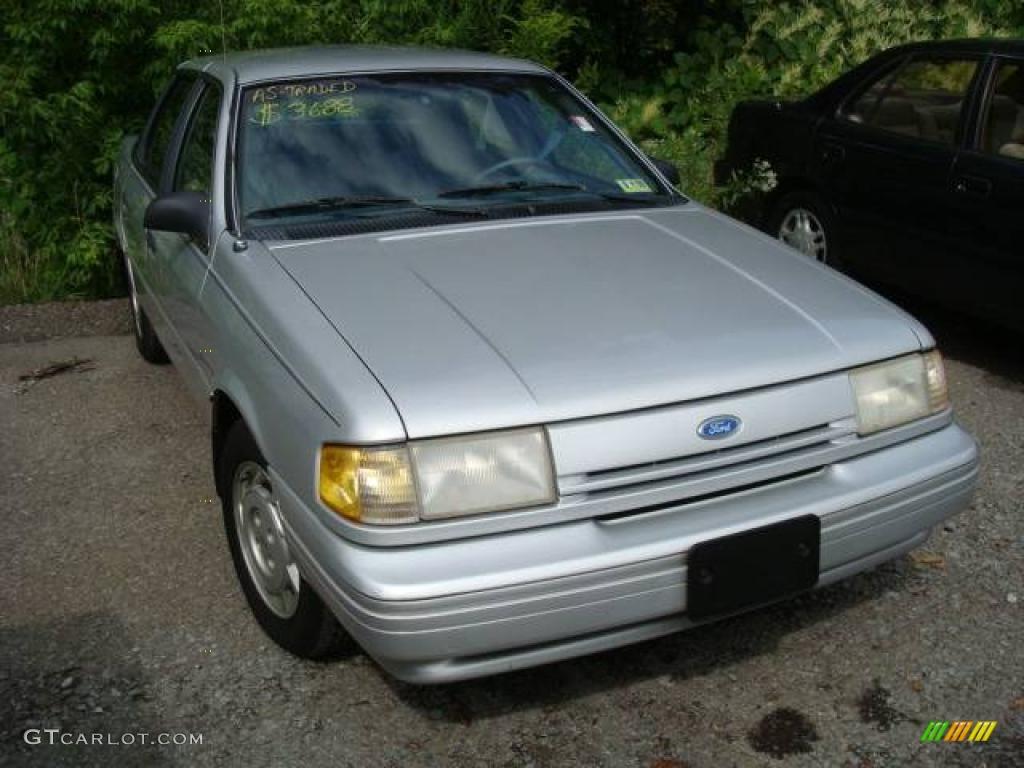 Silver metallic ford tempo