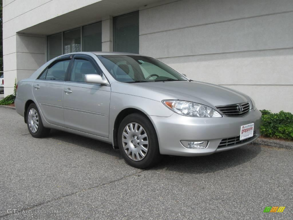 2006 lunar mist metallic toyota camry xle 16758968. Black Bedroom Furniture Sets. Home Design Ideas