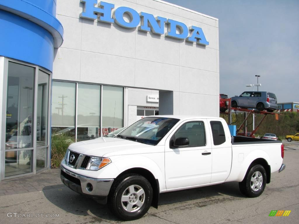 2006 avalanche white nissan frontier se king cab 4x4 16838656 avalanche white nissan frontier vanachro Gallery