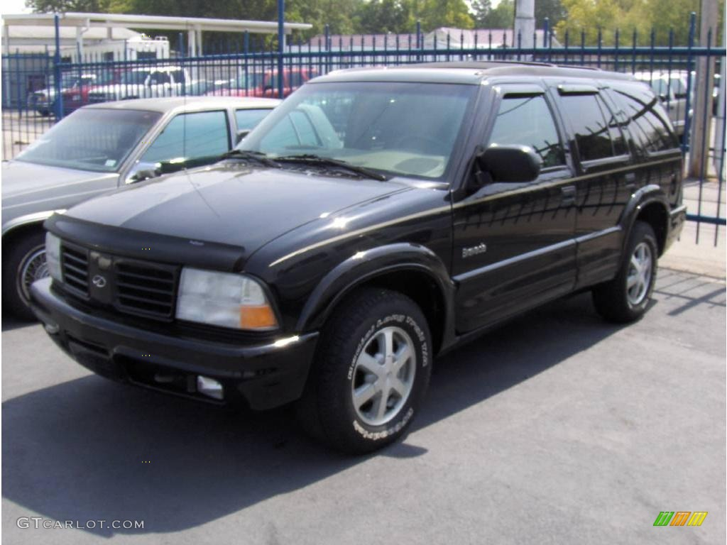 Onyx black oldsmobile bravada