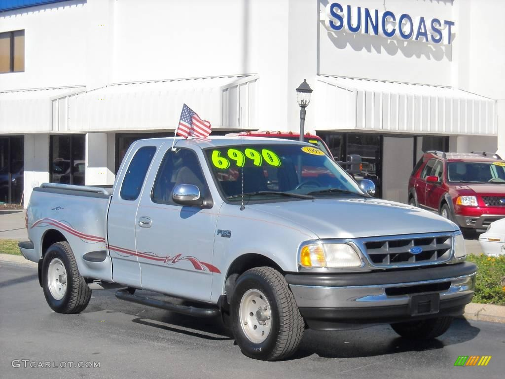 1997 Silver Frost Metallic Ford F150 XLT Extended Cab Flareside