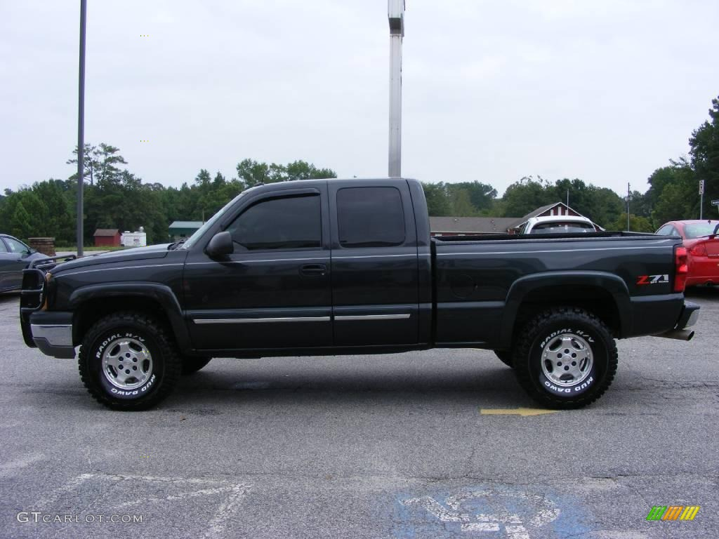 2004 dark gray metallic chevrolet silverado 1500 z71 extended cab 4x4 17108723 photo 5. Black Bedroom Furniture Sets. Home Design Ideas