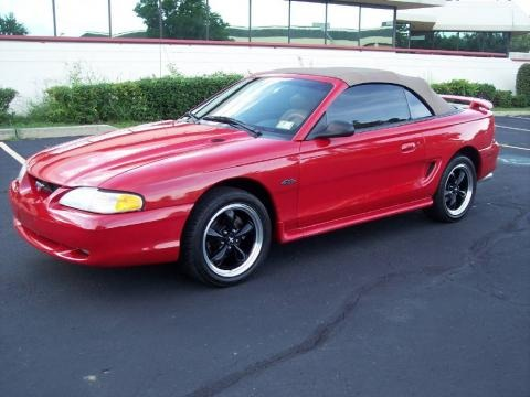 1996 Ford Mustang GT Convertible Data, Info and Specs