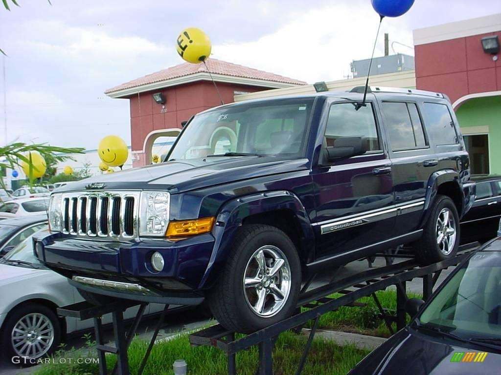 2006 midnight blue pearl jeep commander limited #17197015