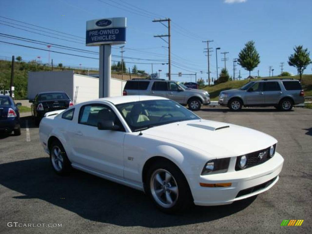 2007 Mustang GT Premium Coupe - Performance White / Medium Parchment photo #1