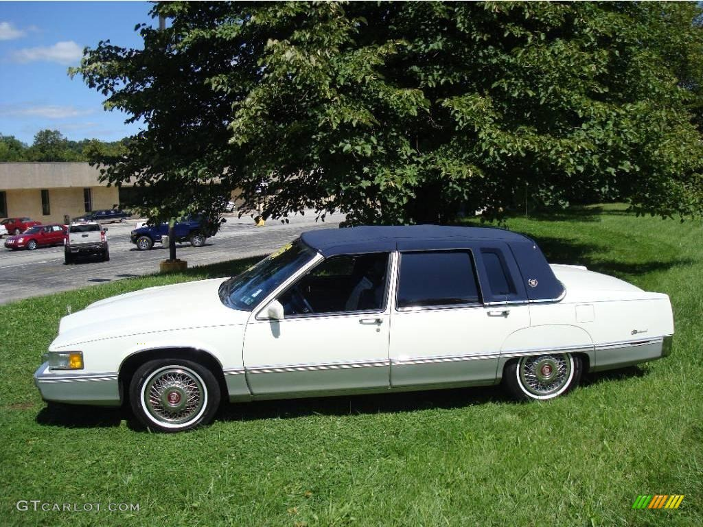1990 cadillac fleetwood sedan white color blue interior 1990 fleetwood. Cars Review. Best American Auto & Cars Review