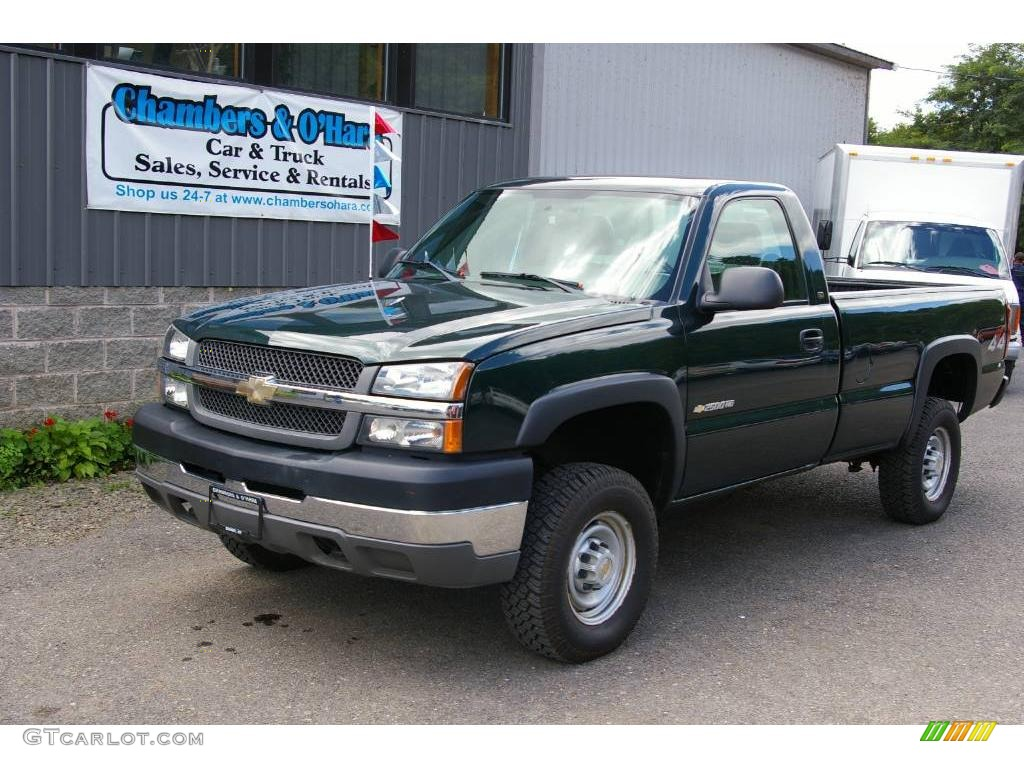2004 dark green metallic chevrolet silverado 2500hd regular cab 4x4 17261755. Black Bedroom Furniture Sets. Home Design Ideas