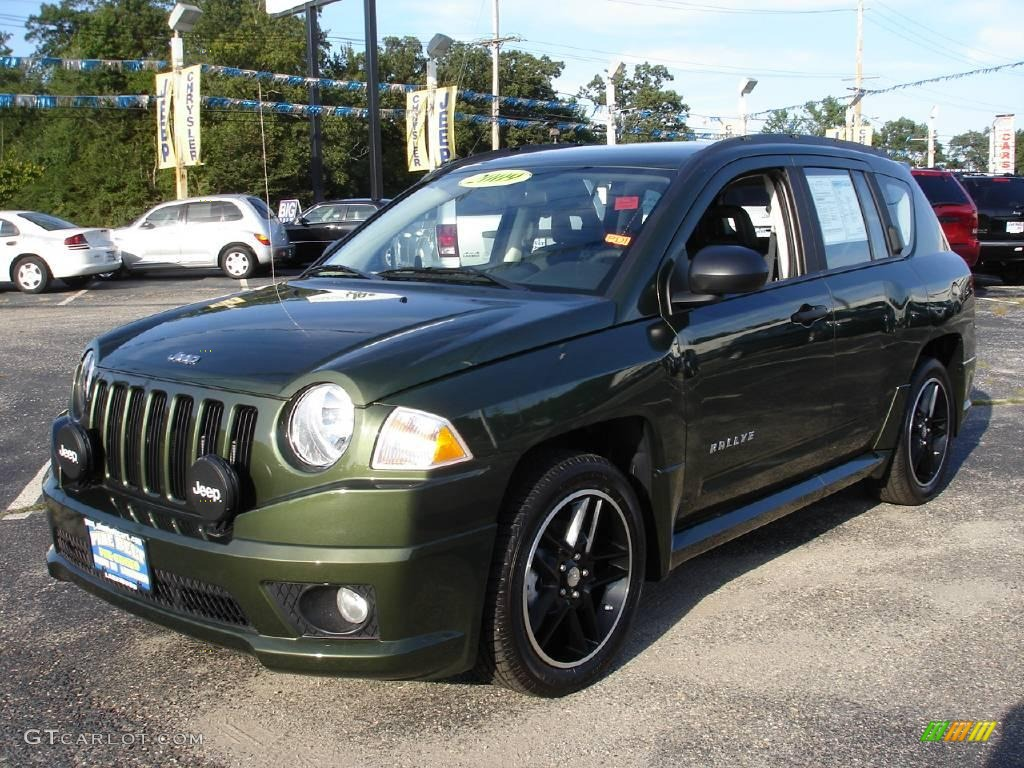 2009 Jeep Green Metallic Jeep Compass Rallye #17250564 ...