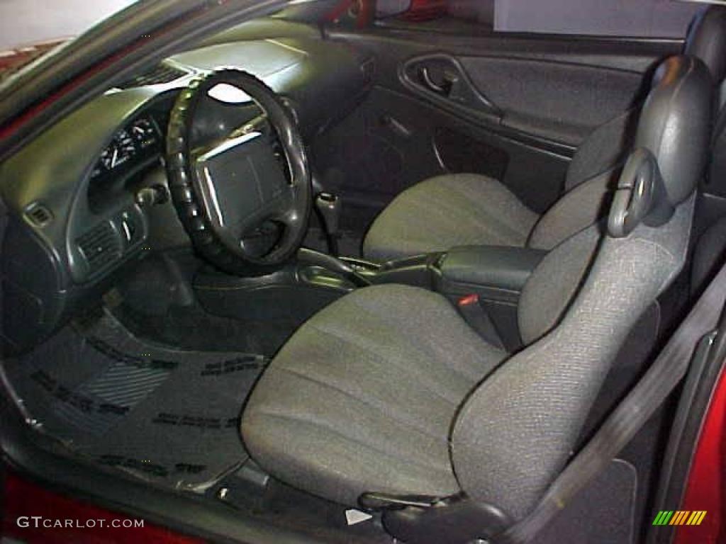1999 Cavalier Coupe - Cayenne Red Metallic / Graphite photo #10