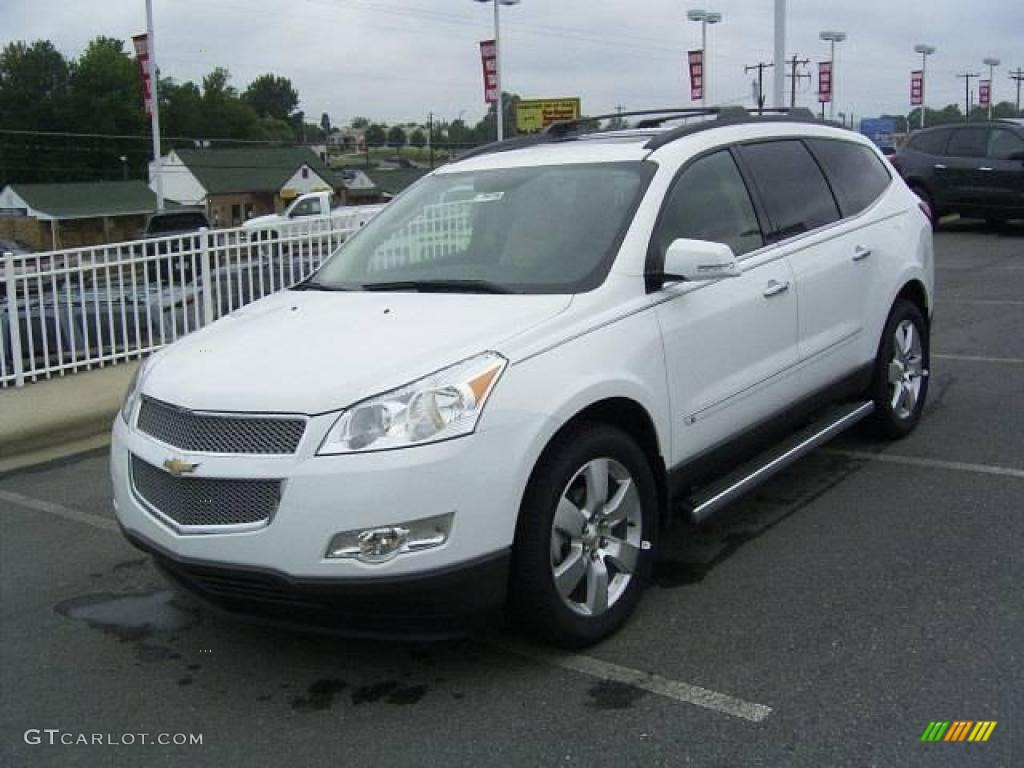 2010 summit white chevrolet traverse ltz 17548280 car color galleries. Black Bedroom Furniture Sets. Home Design Ideas