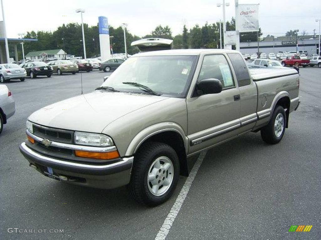 2000 Light Pewter Metallic Chevrolet S10 LS Extended Cab ...