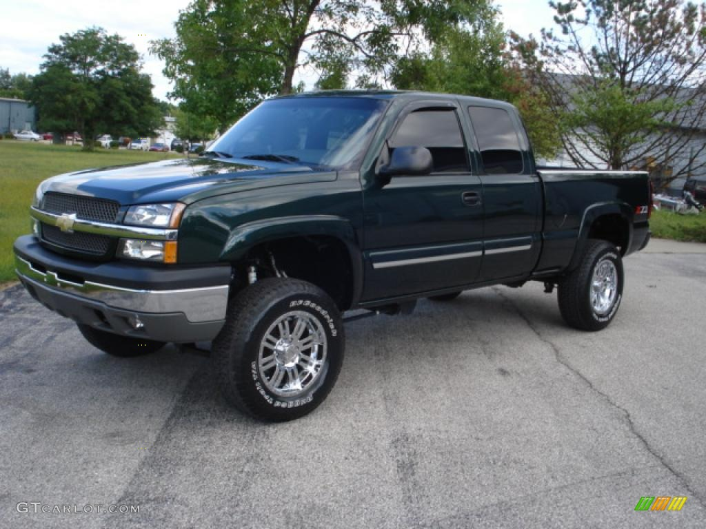 2004 dark green metallic chevrolet silverado 1500 z71 extended cab 4x4 17547862. Black Bedroom Furniture Sets. Home Design Ideas