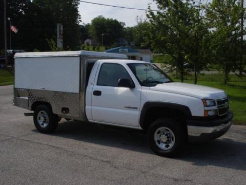 2005 chevrolet silverado 2500hd regular cab chassis catering data info and specs. Black Bedroom Furniture Sets. Home Design Ideas