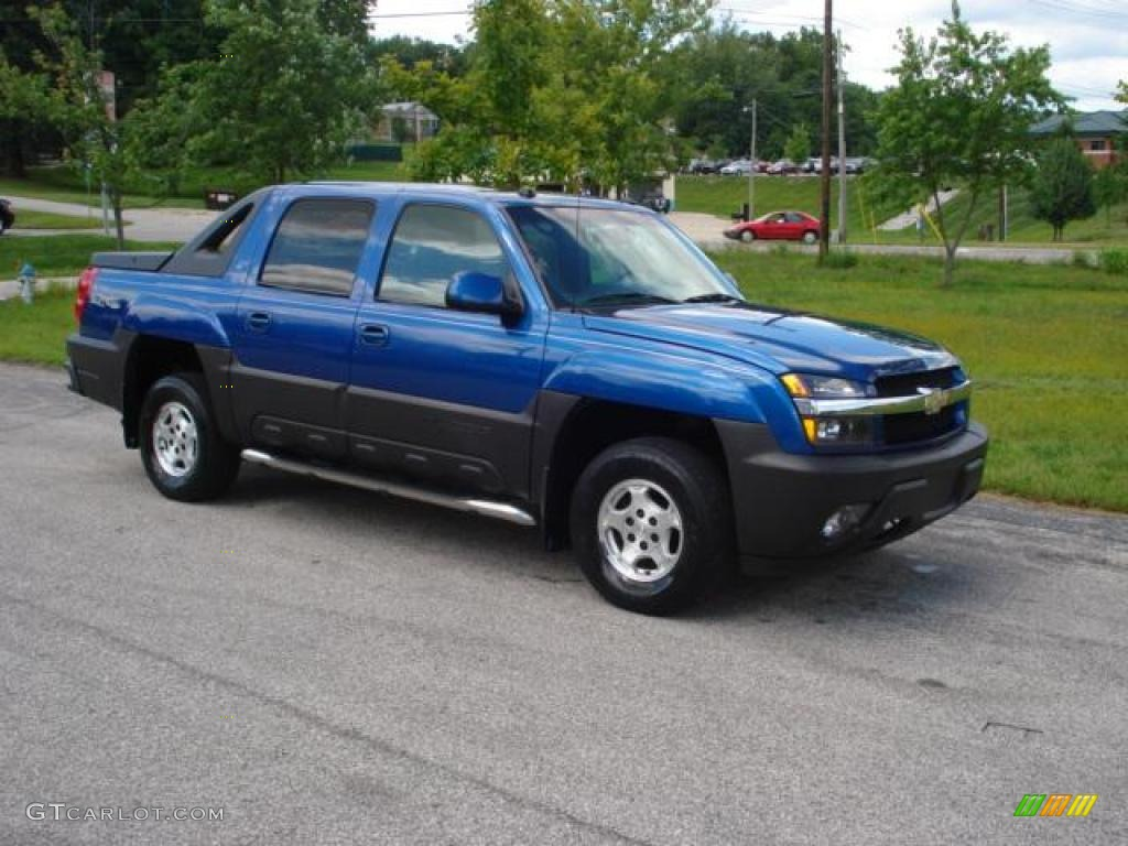 2004 arrival blue metallic chevrolet avalanche 1500 4x4 17547854 photo 6 car. Black Bedroom Furniture Sets. Home Design Ideas