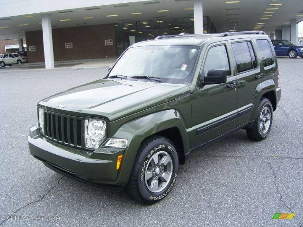 dodge nitro vs jeep liberty 2018 dodge reviews. Black Bedroom Furniture Sets. Home Design Ideas