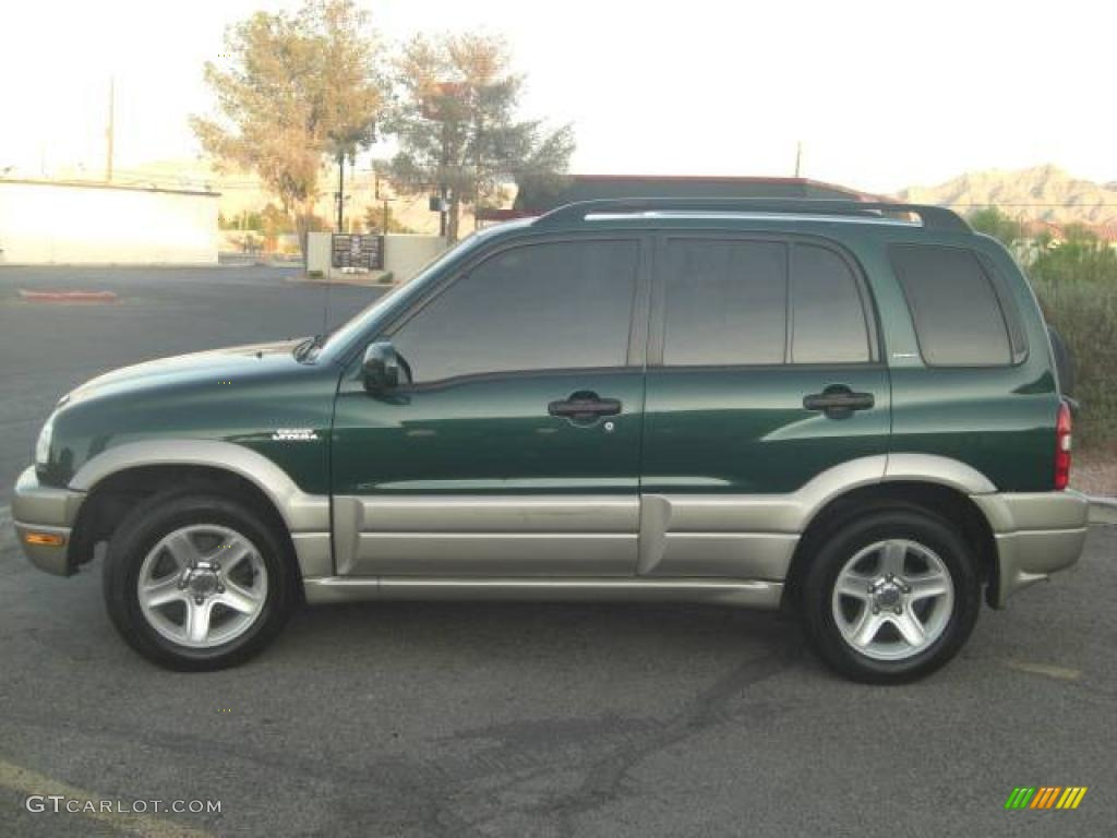 Grove green metallic suzuki grand vitara
